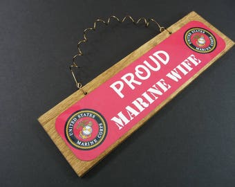 Sign PROUD MARINE WIFE Wood Metal Home Office Decor Cute Wreath Decoration Dye Sublimation Military usmc Spouse Wifey