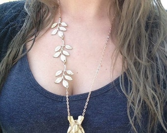 vertebrae necklace