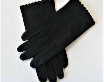 Vintage Woman's Black cotton Gloves, Size 7, scalloped edges, cut work, Women's Accessories, gift idea