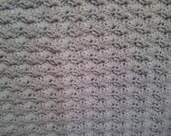 Blue baby blanket, cluster, knit, crochet, warm, babies, newborn, vintage style, classic, cozy, rectangle