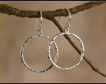Silver hammered hoops earrings, Hammered silver hoops, Circle silver hammered earring, Sterling silver circle dangle, simple hammered circle