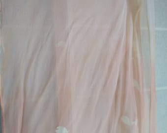 Cherry blossom design painting dyed silk stall natural material (cherry dyed, qun dyeing)