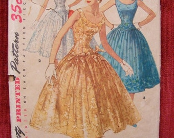 51% OFF 1955 Misses' Full Skirted Formal Dress Simplicity Sewing Pattern 1153 Size 14 Bust 32""