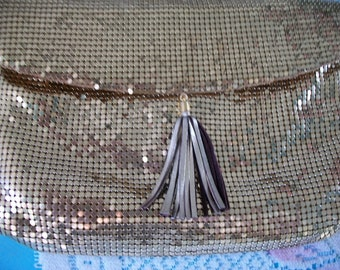 Whiting and Davis Gold Mesh Handbag or Purse, evening bag, Made in USA, clutch bag, shoulder bag, snap closure, fold over, signed, label