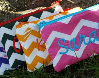 Personalized Chevron Coin Purse, Zipper Wallet, monogrammed Change Purse, Coin Purse with name, credit card pouch
