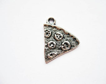 6 Pizza Charms in Silver Tone - C1496