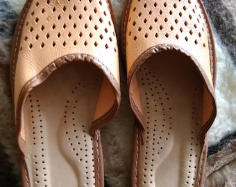 SALE house slippers | slippers | leather slippers | handmade moccasins | gift