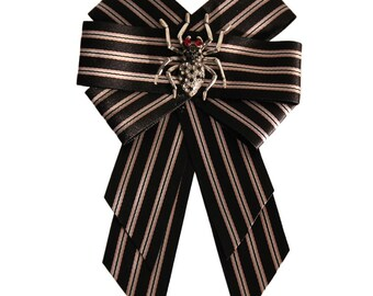 Gucci inspired designer bow tie brooch