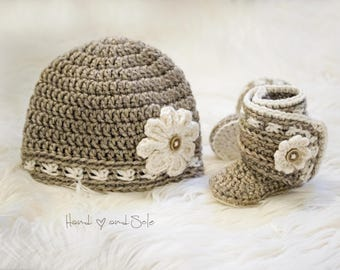 Crochet Hat Pattern and Crochet Booties Pattern - Daisy Set, Crochet Baby Hat Pattern and Crochet Booties Pattern for Baby Girl