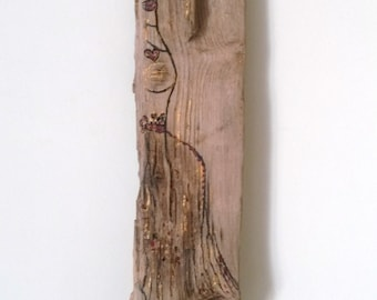 painted Driftwood jewelry holder