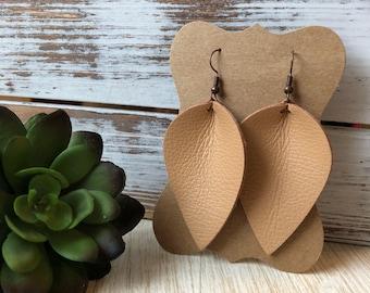 Leather Petal earrings - Timeless Tan