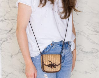 Small crossbody straw bag   Brown details   Natural woven purse