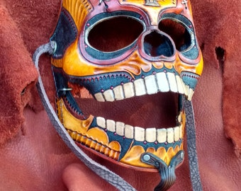 CRUZADO - Hand tooled leather mask