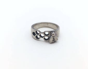 Sterling silver ring- honey bee