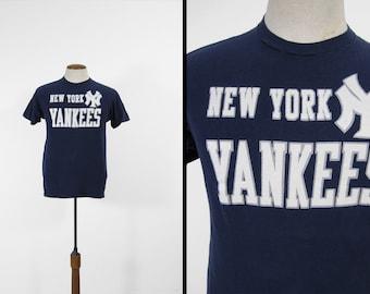Vintage des années 70 NY Yankees T-shirt en coton bleu marine Hanes Made in USA - Medium