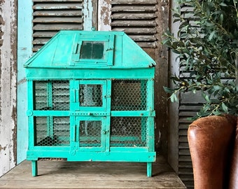Lovely vintage French turquoise birdcage