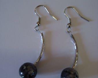 Gray bow earrings