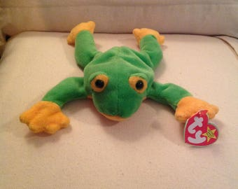 Original 1997 TY smoochy beanie baby in perfect condition