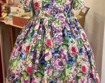 Handmade Dorothy dress in amazing floral fabric, months, 100% cotton, 4-5 years
