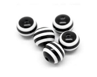 10 striped beads 10mm black resin set