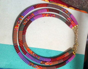 maasai necklace/beaded necklace/colourful necklace