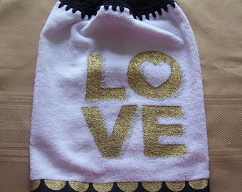 Valentine's Day Hanging Dish Towel, Hanging Dish Towel, Hanging Kitchen Towel, Crochet Top Towel, Housewarming Gift, Home Decor