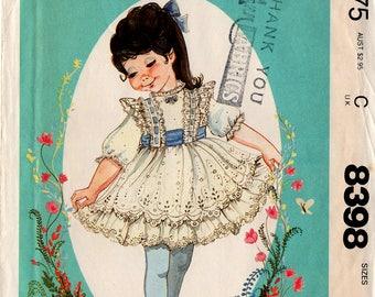 """Unbeschnittenen 1983 Mädchen Kleid & Schärpe Muster McCall #8398 Größe 1-2-3 """"Kleinen Lieblinge"""" verzauberten Wald Design Kleinkinder Ostern Frühling Nähen"""