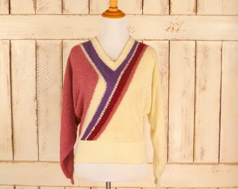 Cream/pink striped Dolman sleeve pullover vintage sweater/nubby knit sweater/vneck sweater/small