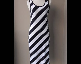 9os Black and White Striped  Day Dress Bust 34 Waist 30 Hip 36