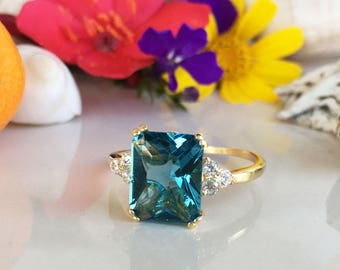20% off-SALE!! Blue Topaz Ring - December Birthstone - Gemstone Band - Gold Ring - Engagement Ring - Rectangle Ring - Cocktail Ring