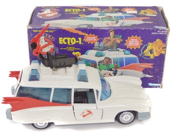 Vintage 80s The Real Ghostbusters Echo-1 Vehicle Car with Box