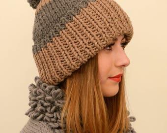 Pom pom hat, wool hat with pom pom