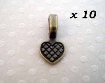 x 10 heart pendant attached to stick 8 x 16 mm - L10159