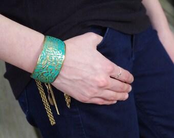 Gypsy Vintage Charm Cuff Bracelet 1980s Brass + Turquoise   - festival style, boho chic, vintage , charm bracelet, gypset, boho bracelet