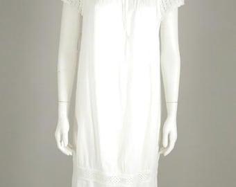 1960s White Embroidered Cotton Shift Dress