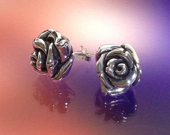 925 Solid Sterling Silver ROSE #4 Earrings / Nature Jewelry / Flower Jewelry - Small- Oxidized- Studs