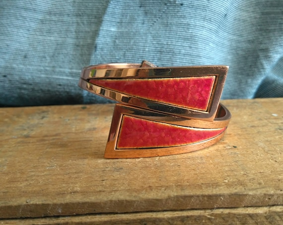 Sculptural vintage Matisse Renior copper and speckled red enamel clamper bracelet from the 1950s