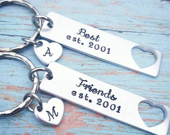 Set of 2 Best Friends Keychains * Personalized Best Friends Forever Gift * Best Friend Gift * BFF Keychains - Friend Gift - Hand Stamped