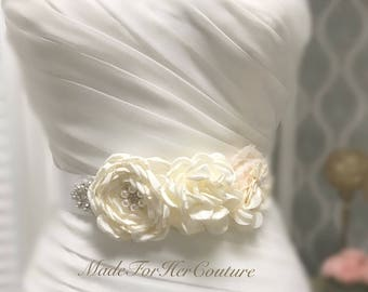 Wedding sash, ivory wedding belt Sash, bridal sash/belt, Bridal Belt, Satin Ribbon Sash, Bridesmaid Sash/Belt, Maternity Sash belt