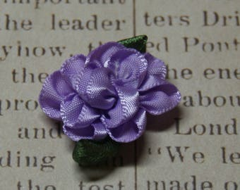 Purple flower applique and satin 30x20mm foliage