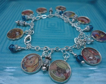 Disney's Alice In Wonderland charm bracelet