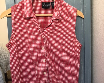 Red checkered spring top