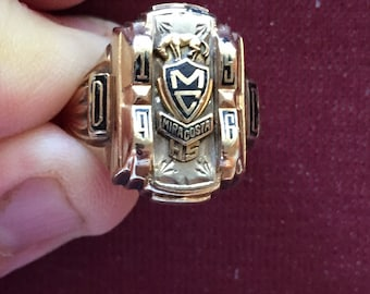 Vintage Heavy  10k solid gold  Mira-Costa high school mens  class ring 1965 size 7-3/4 weight 9.0 grams marked 10k