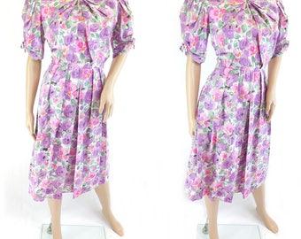 Vintage Floral Print Pink & Purple Tea Dress - Size 12/14 UK   (8/10 US)