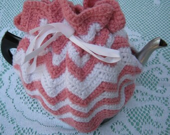 Vintage Tea Cosy - Pink and White Crocheted - Vintage Style for your teapot.