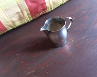 Vintage Wm Rogers Paul Revere Reproduction Creamer Silver Plate