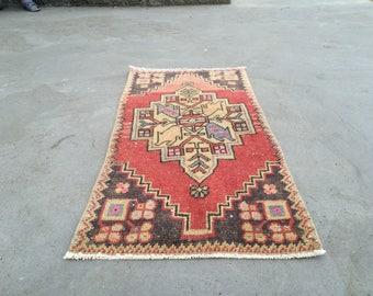 Turkish rug pastel rug small rug old rug vintage rug oushak rug anatolian rug 3.1ft_1.4ft