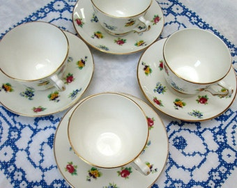 "Set of 4 EnglishTeacups and Saucers, ""Rose Pansy"", Crown Staffordshire, Bone China"