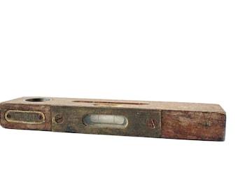 Vintage Wood Level