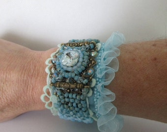 """Mint Sorbet"" ruffle bracelet light turquoise and green with a swarovski crystal square cabochon"